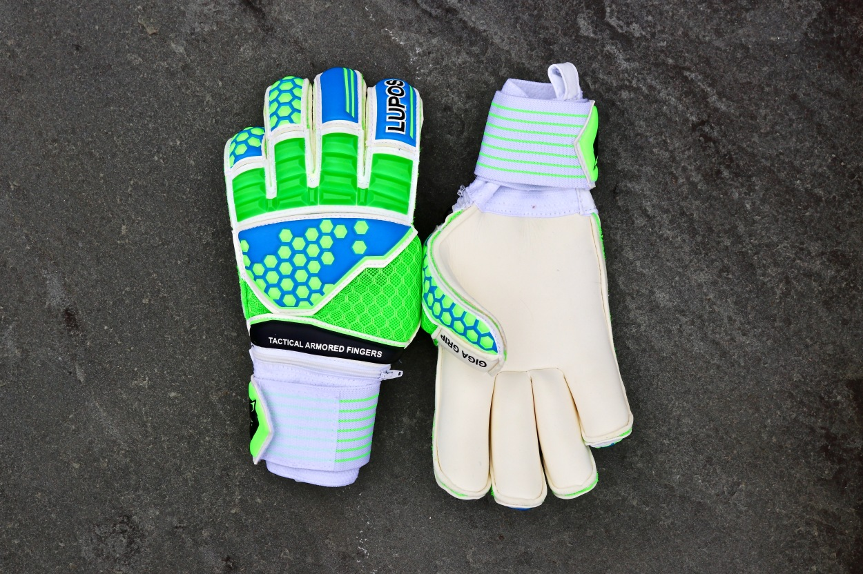 lupos armored goalkeeper gloves