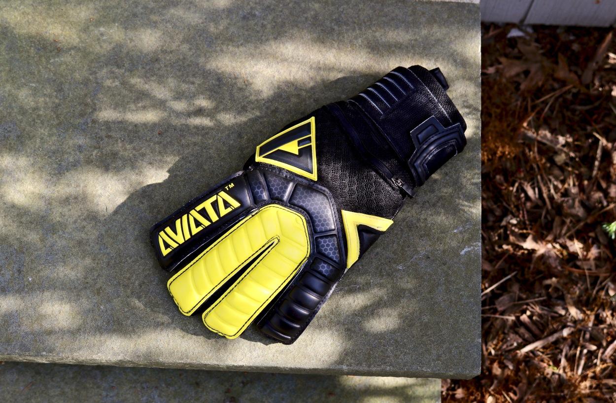 aviata sports black mamba v7 soccer goalkeeper gloves