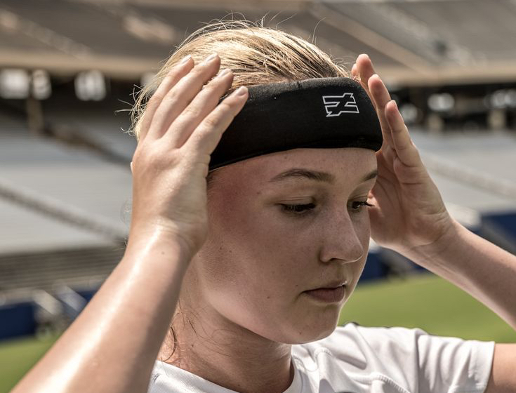 Unequal Halo 3 protective headgear headband Ali Krieger USWNT FIFA Women's World Cup Briana Scurry Concussion Prevention Soccer Contact Sports