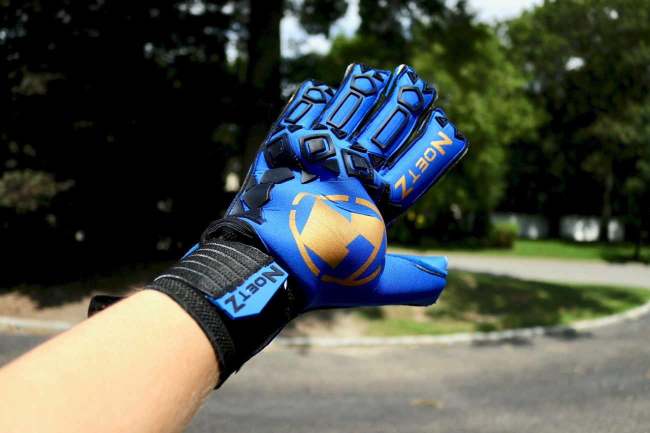 NoetZ glove company azul fg finger saves spines games matches goalkeeper gloves goalkeeping blue gold black unique soccer review
